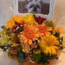 写真とお花を一緒に届けます